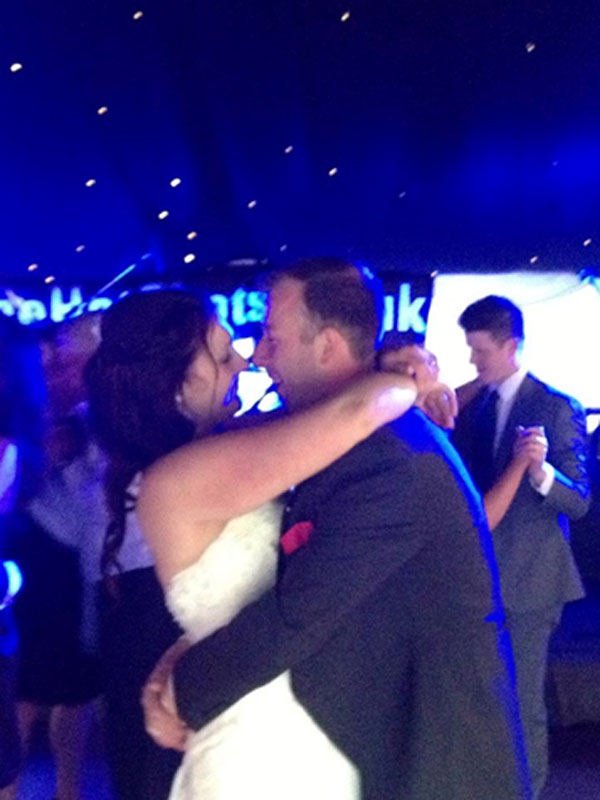 The Hot Shots | Sam and Alex's first dance to 'A Thousand Years' by Christina Perri